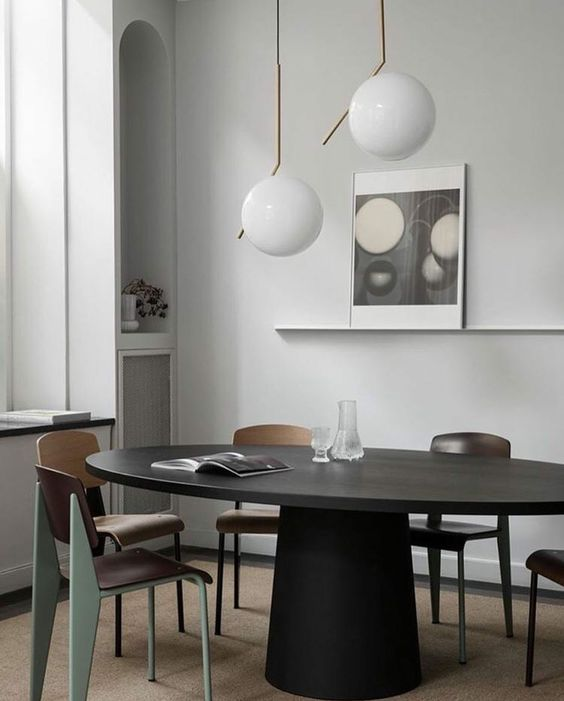 interieur-flos IC light-vitra jean prouve-stadswoning-grijs-cityhouse-grey-table dark oak-tafel zwart gebeitste eik