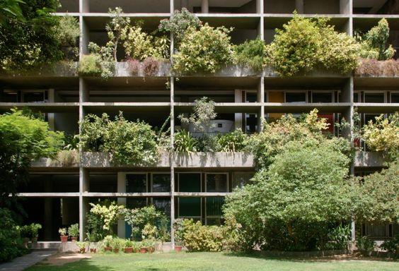 public space-publieke ruimte-groen gebouw-green building-le corbusier