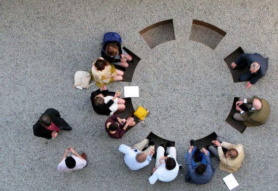 public space-publieke ruimte-samenkomen