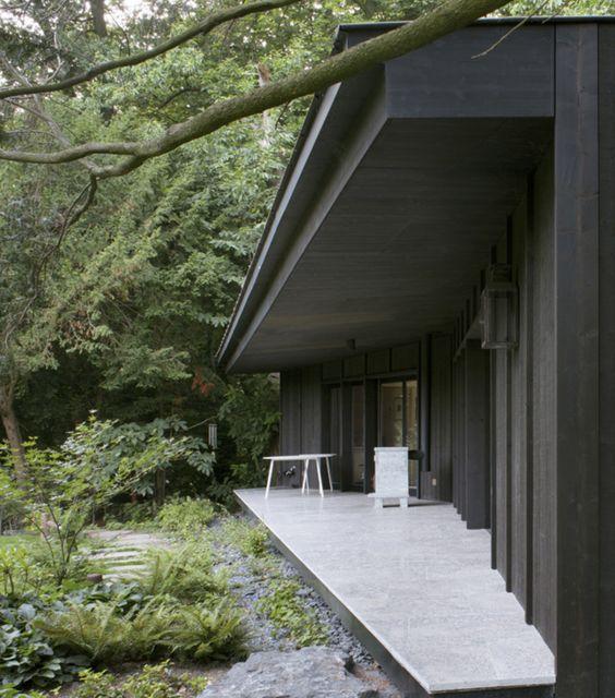 tuin-garden-bostuin-natuurlijke tuin-terras beton-leisteen-paviljoen