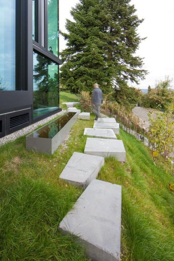 tuin-garden-stapstenen beton-stepping stones concrete-waterelement